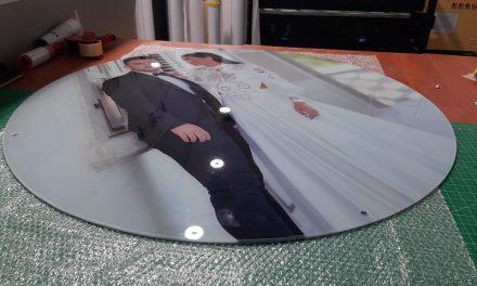איך מדפיסים על זכוכית